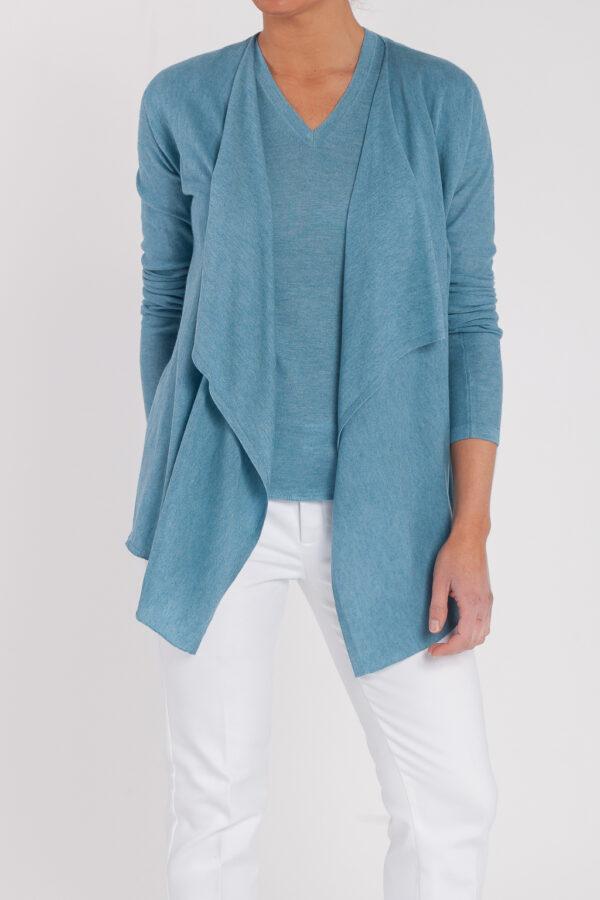 chaqueta asimetrica-camiseta manga corta-pico-mujer-cashmere ultrafino-color azul jeans-frontal-again cashmere