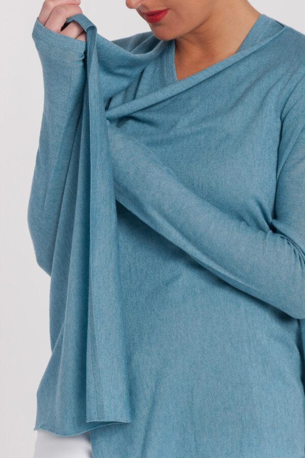 chaqueta asimetrica-mujer-cashmere ultrafino-color azul jeans-detalle-again cashmere