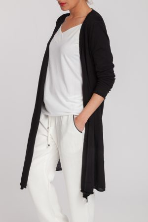 chaqueta larga-mujer-cashmere ultrafino-color negro-detalle-again cashmere