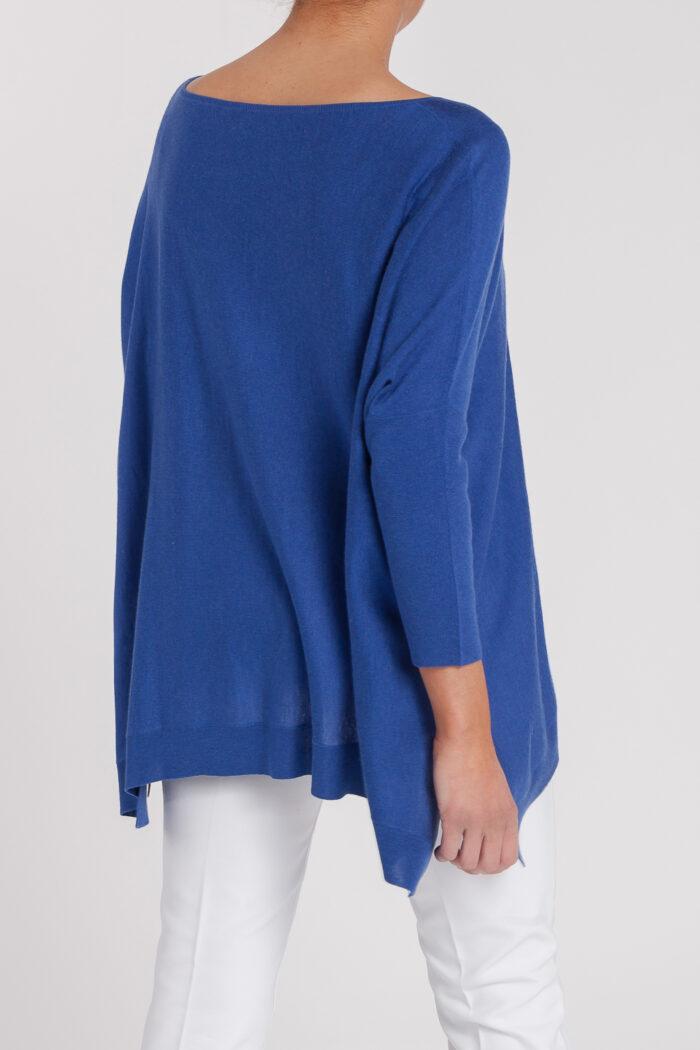 poncho caja-mujer-cashmere ultrafino-color azul añil-detras-again cashmere