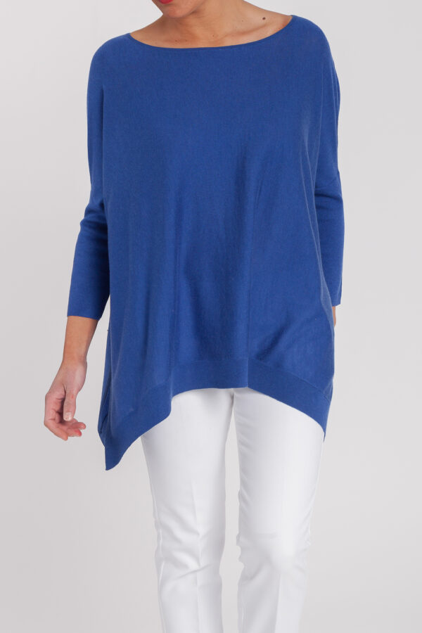 poncho caja-mujer-cashmere ultrafino-color azul añil-frontal-again cashmere