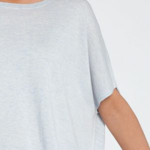 poncho manga corta-caja-mujer-cashmere ultrafino-color azul claro-detalle-againcashmere